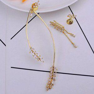 Henri Bendel Wheat Ear Water Drops Stud Earrings